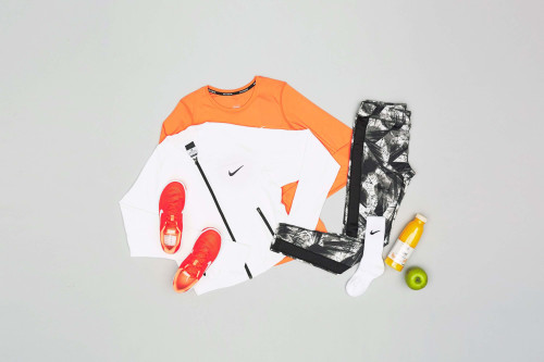 Sportbekleidung für Damen in Orange
