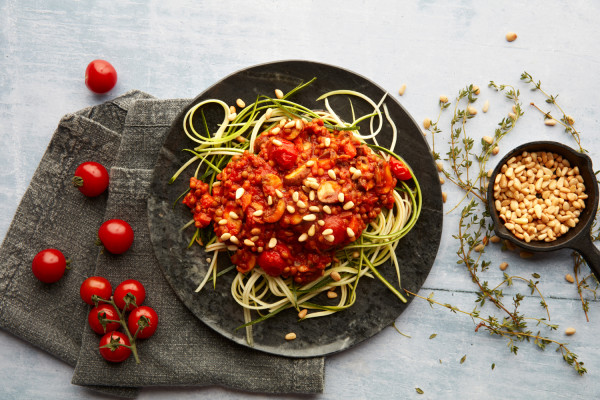Rich-lentil-bolognese-with-courgetti_1-RS