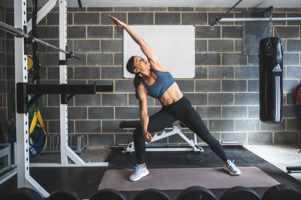 Jessica-Ennis-Hill-home-workout-in-garage-gym-RS