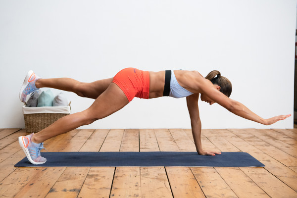 Jessica-Ennis-Hill-plank-balance-RS