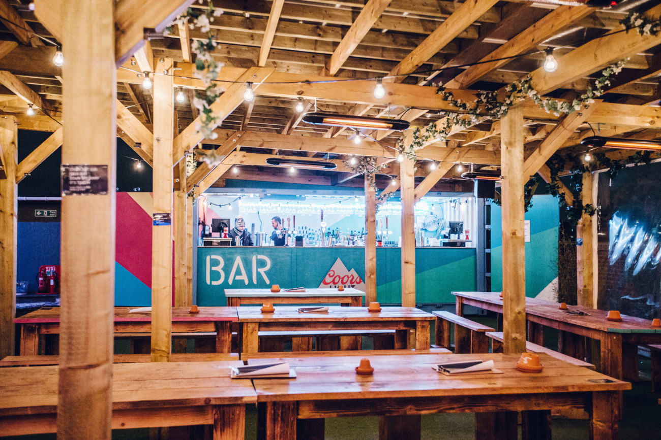 event-production-skylight-winter-container-bar