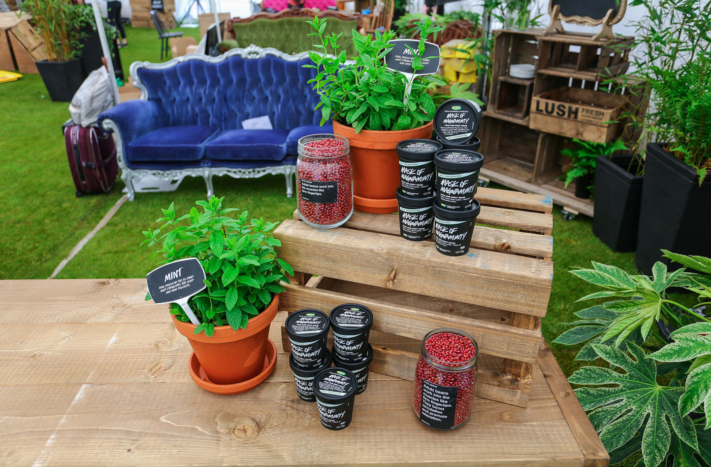 LUSH-Event-Production-product-display