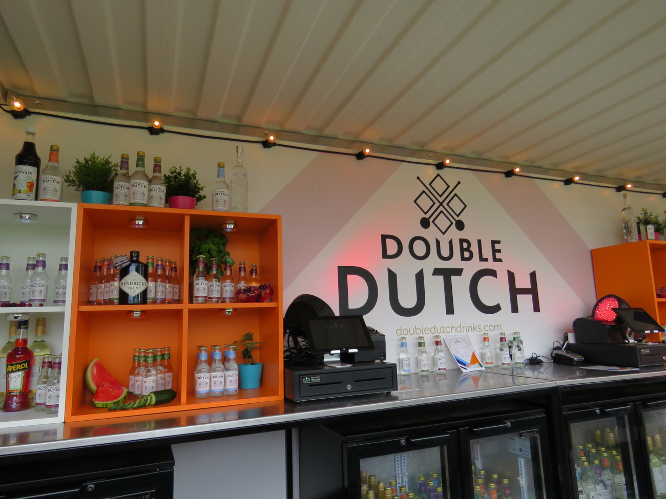 brand-activation-double-dutch-back-bar