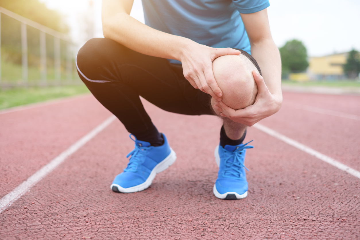 Knee replacements and avoiding surgery