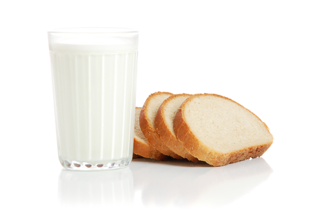 long acting carbs a slice of bread or a glass of milk can help to treat a hypo diabetes
