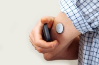 continuous glucose monitoring can be used to monitor blood glucose levels in people with type 1 diabetes