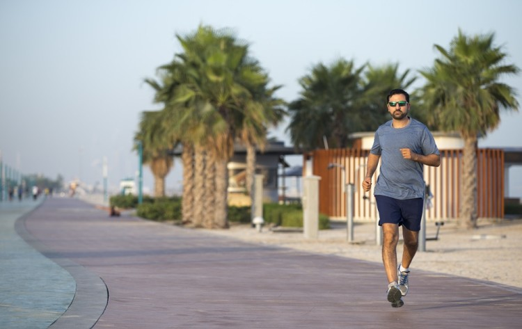 Man with type 2 diabetes exercising in Dubai