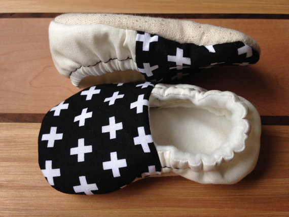 Organic Swiss Cross BabyShoes - $17.00