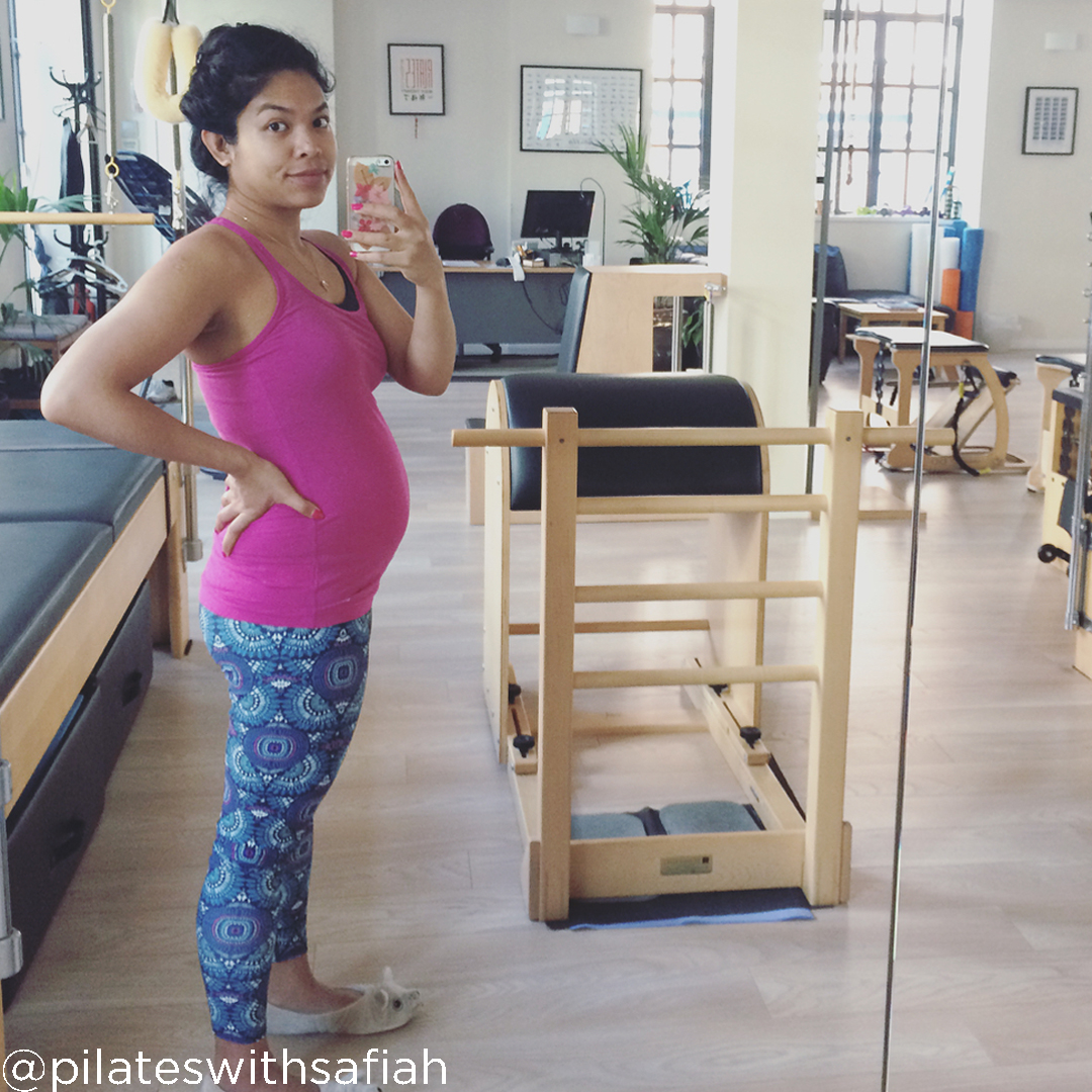 20 weeks pregnant pictures @pilateswithsafiah 20weekspregnant