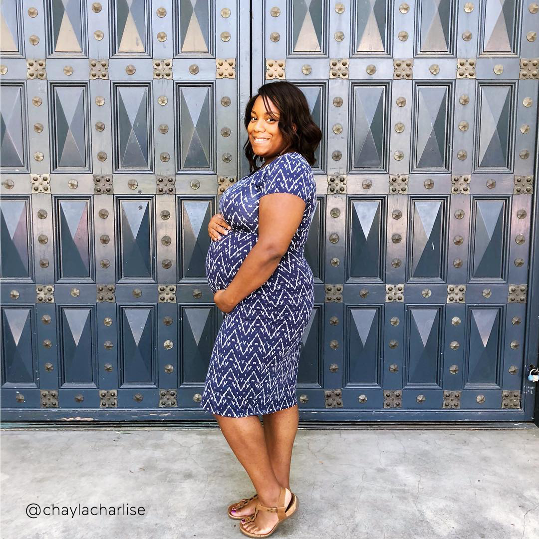 33-weeks-pregnant-bump-@chaylacharlise