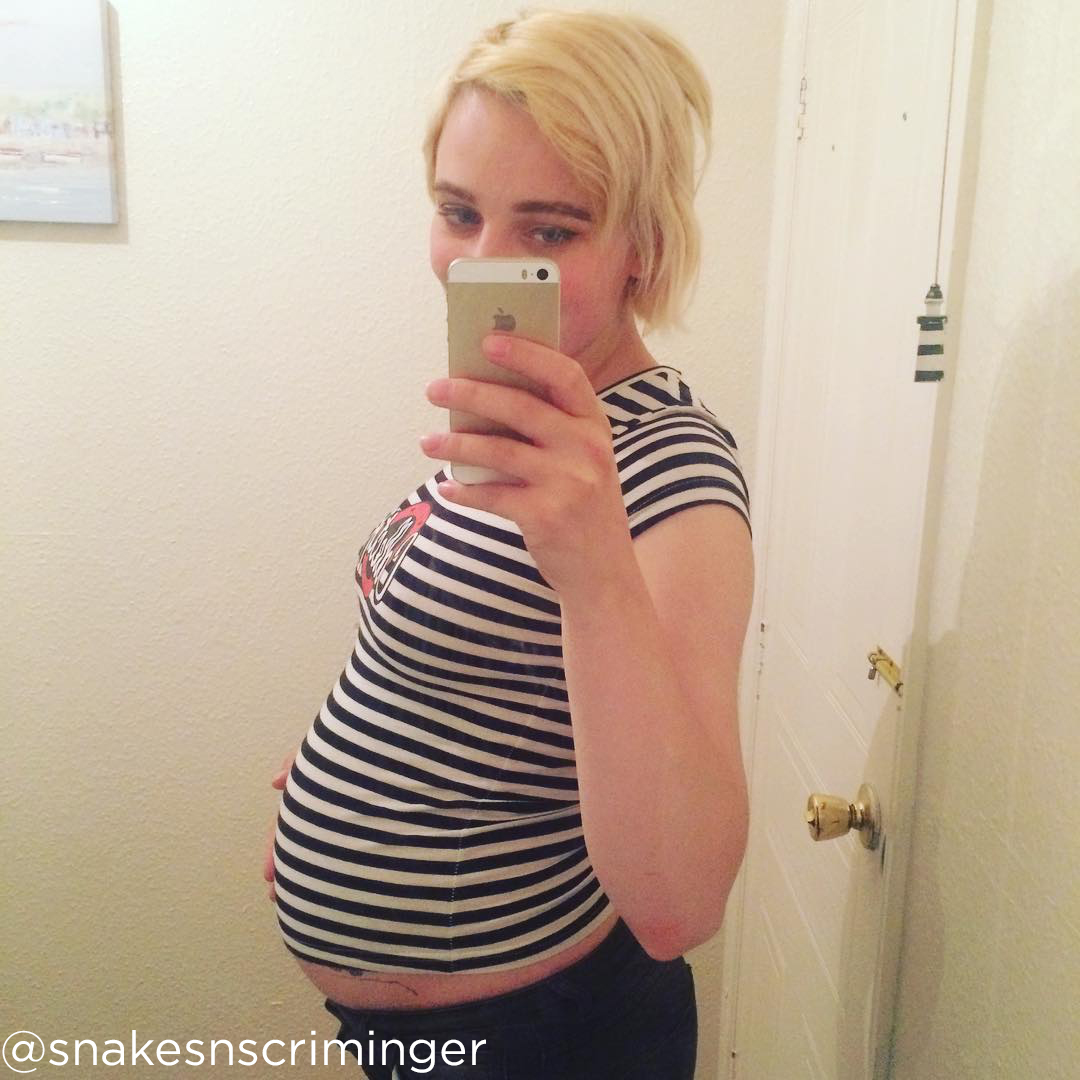 19 weeks pregnant belly snakesnscriminger