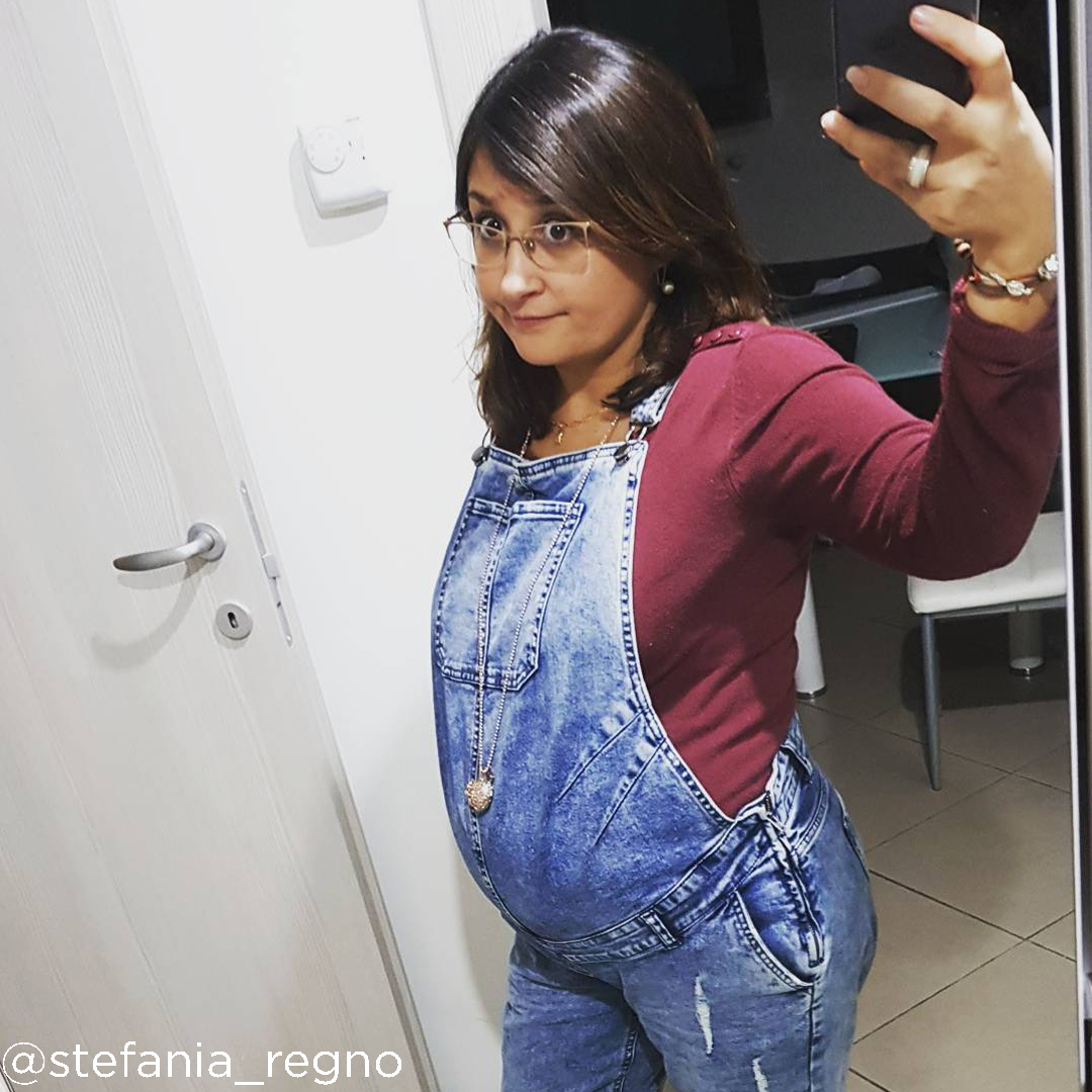 25 weeks pregnant bump @stefania regno