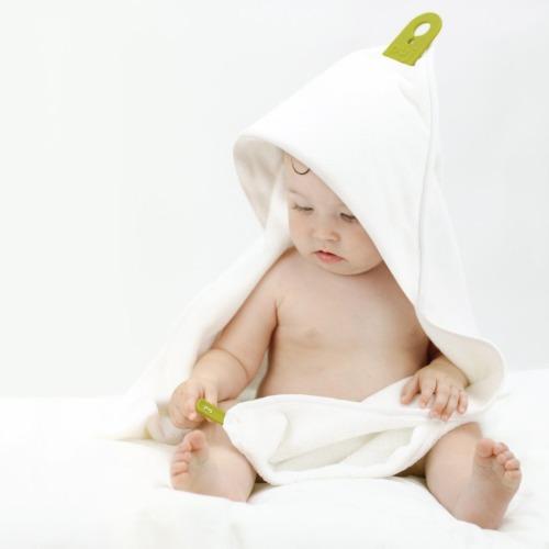 Puj Hug - Hands Free Infant Towel - $34.99