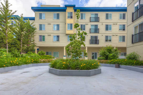 Courtyard view at Guinevere Apartments