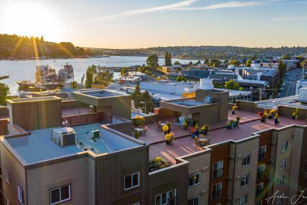 Lake Union views at Illumina apartments