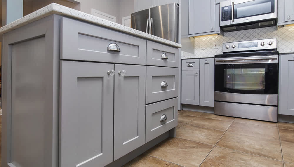 7 Reasons That Make Shaker Kitchen Cabinets a Remodeling Necessity