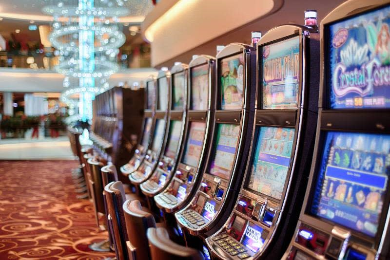 Slot Machines in a Land Based Casino