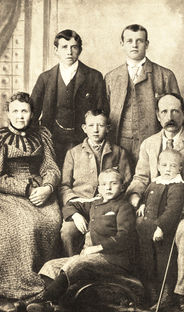 The Smith's of Carnoustie. Left to right, standing: Willie and Alex. Middle row: Joann, George and John. Below: Jim and Macdonald.