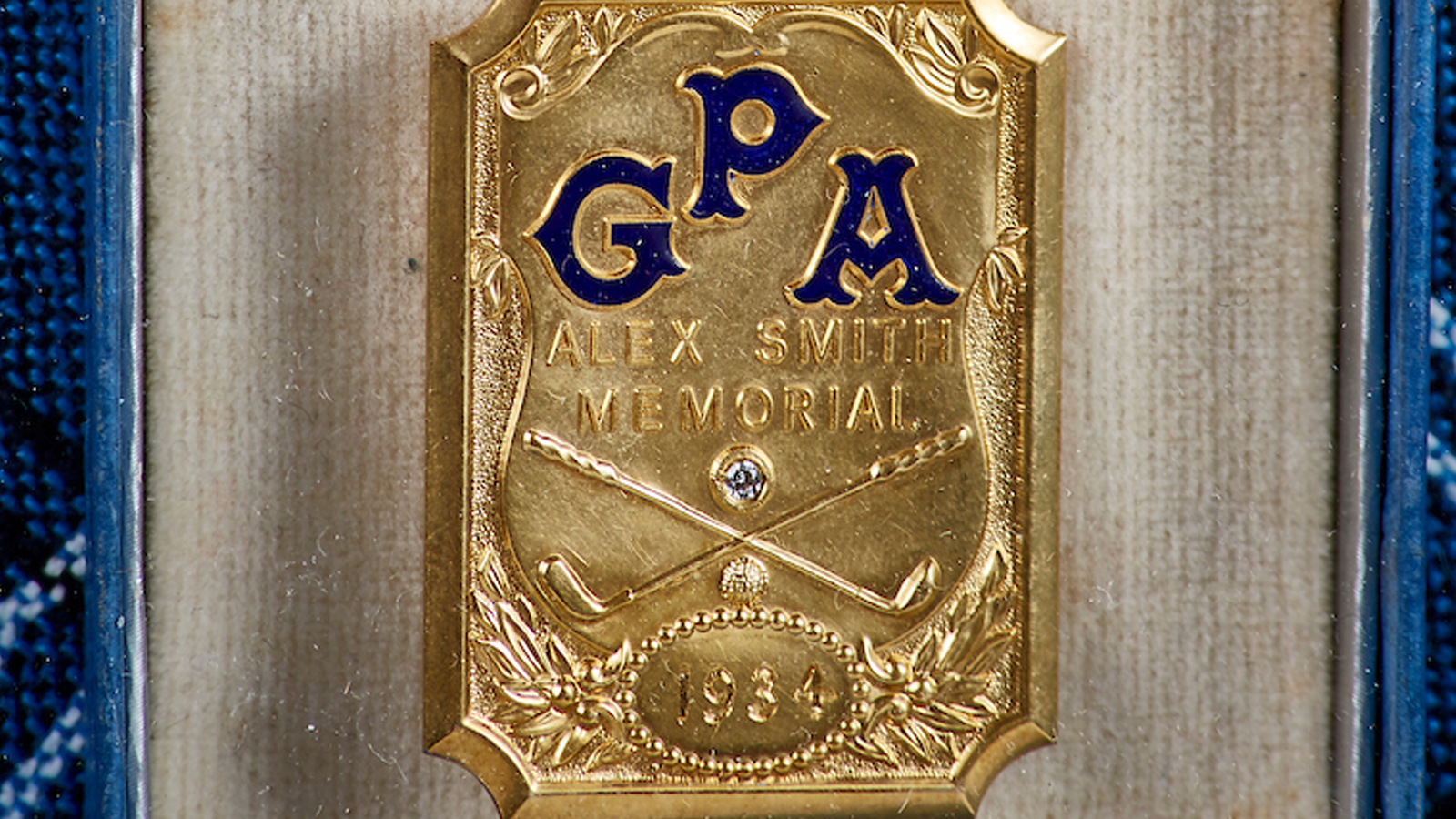1934 Alex Smith Memorial Medal. One of eight created and gifted to the PGA and pre-dated 1931-1938.