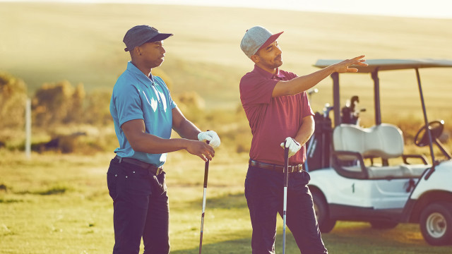 Differentiate between golf friends and a golf coach
