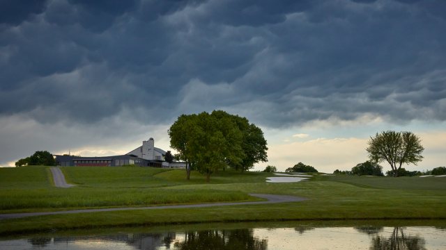 How to Stay Safe in Lightning on the Golf Course