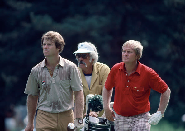 Tom Watson, Jack Nicklaus' caddy Angelo Argea and Jack Nicklaus during the PGA Championship at the Oak Hill Country Club in Rochester, New York, circa August 1980. Nicklaus won the tournament whilst Watson tied for 10th place. (Photo by Leonard Kamsler/Popperfoto via Getty Images)