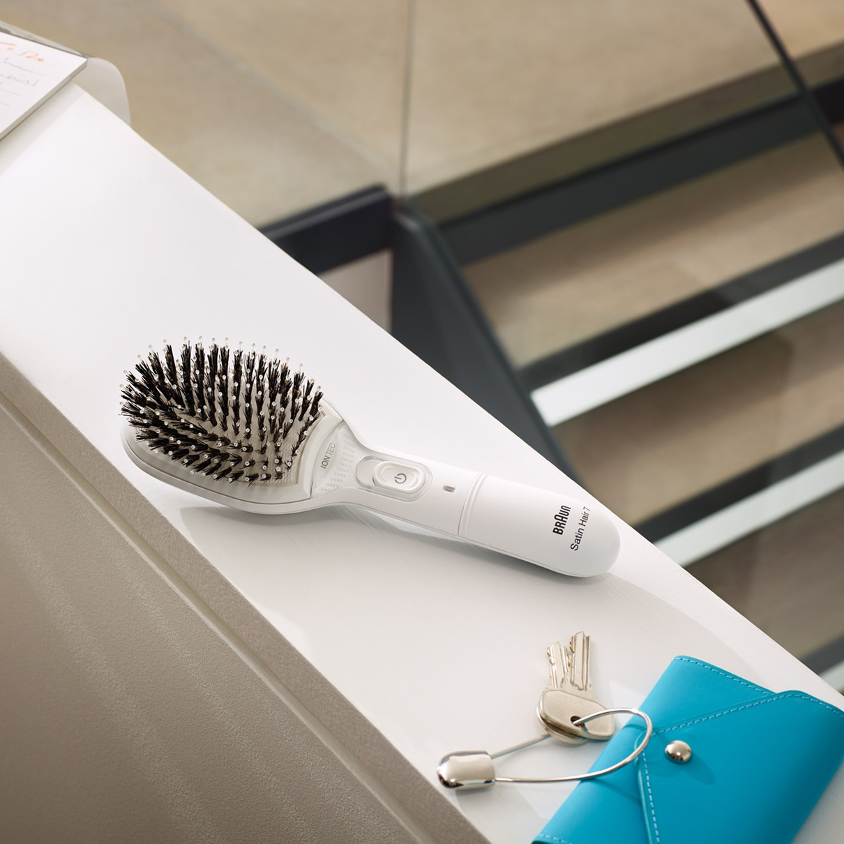Braun Satin Hair 7 Brush BR 750 lifestyle