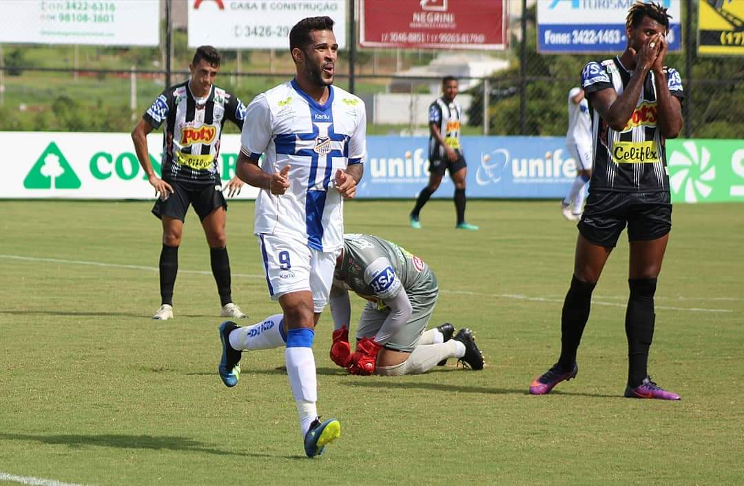Alvinho scored 10 goals including a hat trick in the Paulista A2 Round of 16 first leg