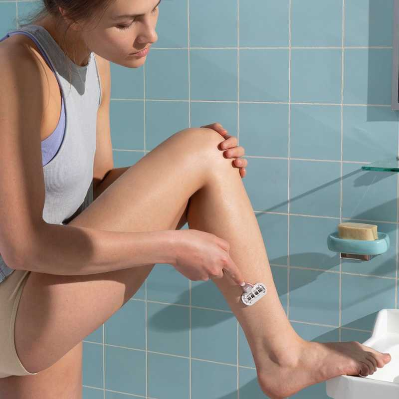 Leg Shaving with Spring 2019 Rose Gold