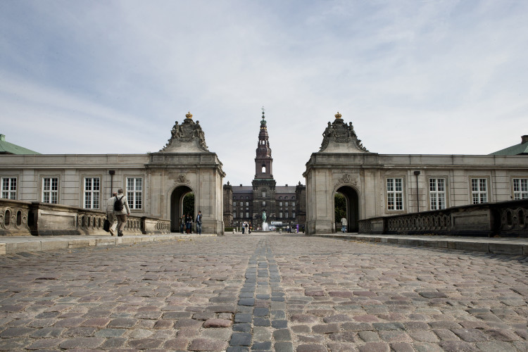 Folketinget outside building