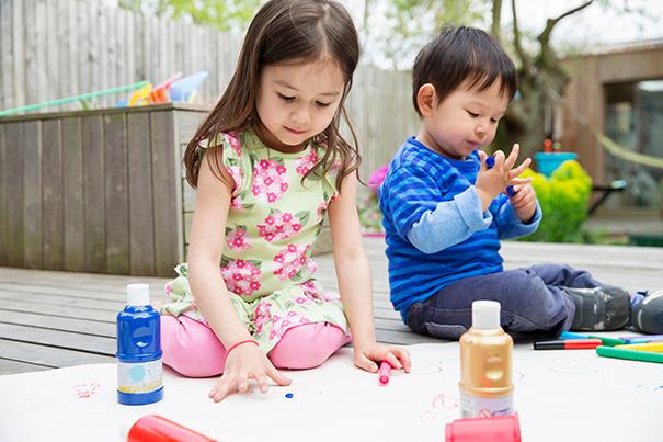 Manualidades de niños: Aprenda a exhibirlas