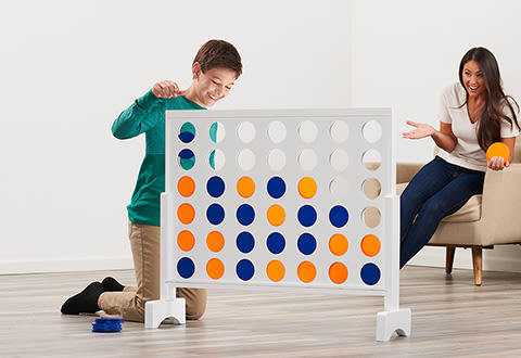 Giant 4-in-A-Row Game