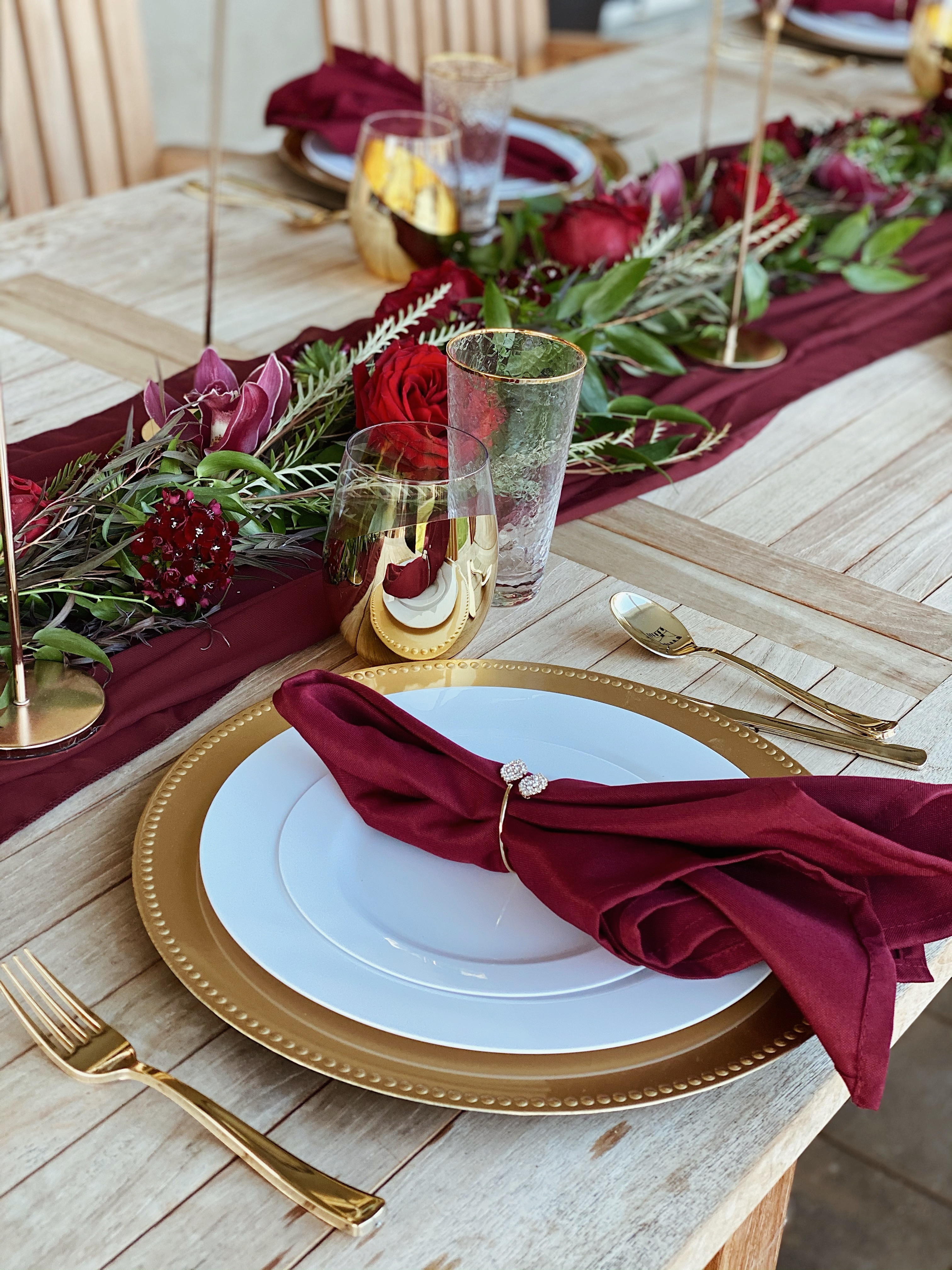 HD-Events Burgundy and gold boho thanksgiving, christmas, wedding tablescape, rehearsal dinner table decor, spring, easter tablescape, brunch, bridal shower, baby shower, baby blessing, baby baptismmoody, romatic decor
