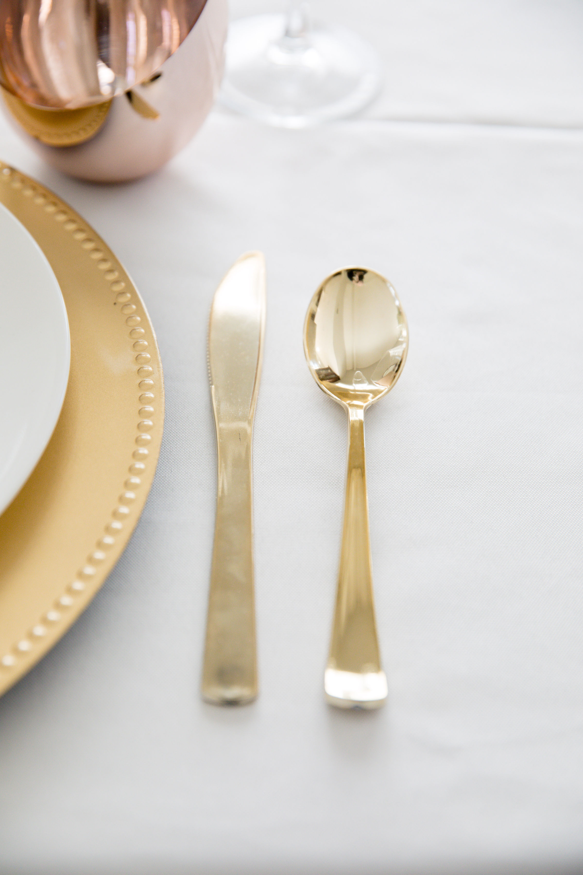 HD-Events Decor-Bridal Galentines Valentines Tabelscape Bridal Shower Baby Shower Baptism Brunch Blush Pink gold flatware