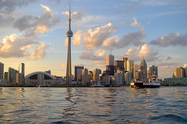 toronto-skyline-sunset-min