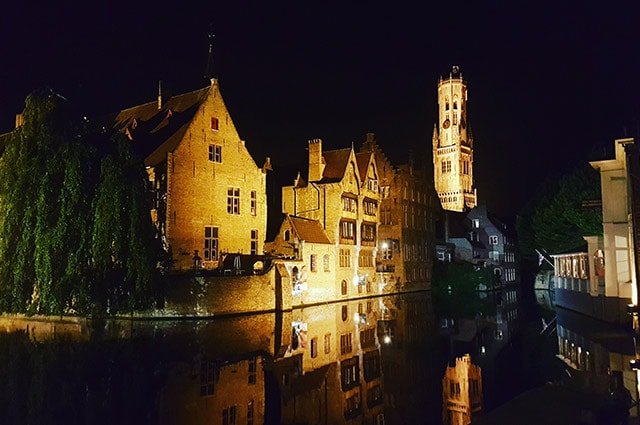 Bruges-at-night-2-min
