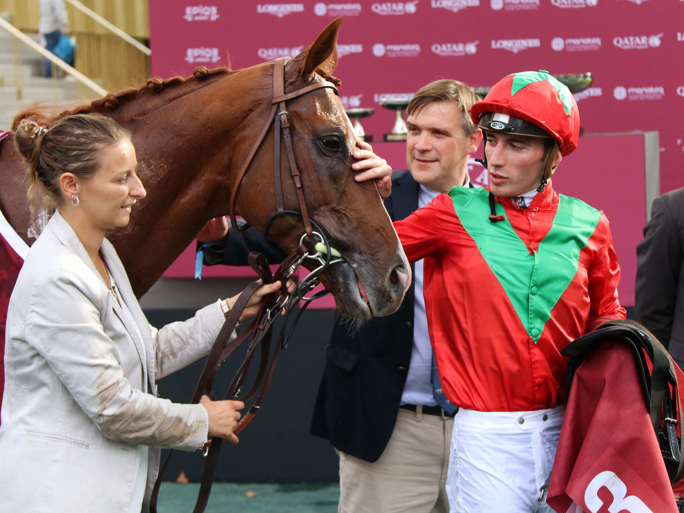 Boudot makes a fuss of Waldgeist after the Prix Foy. (Focusonracing)