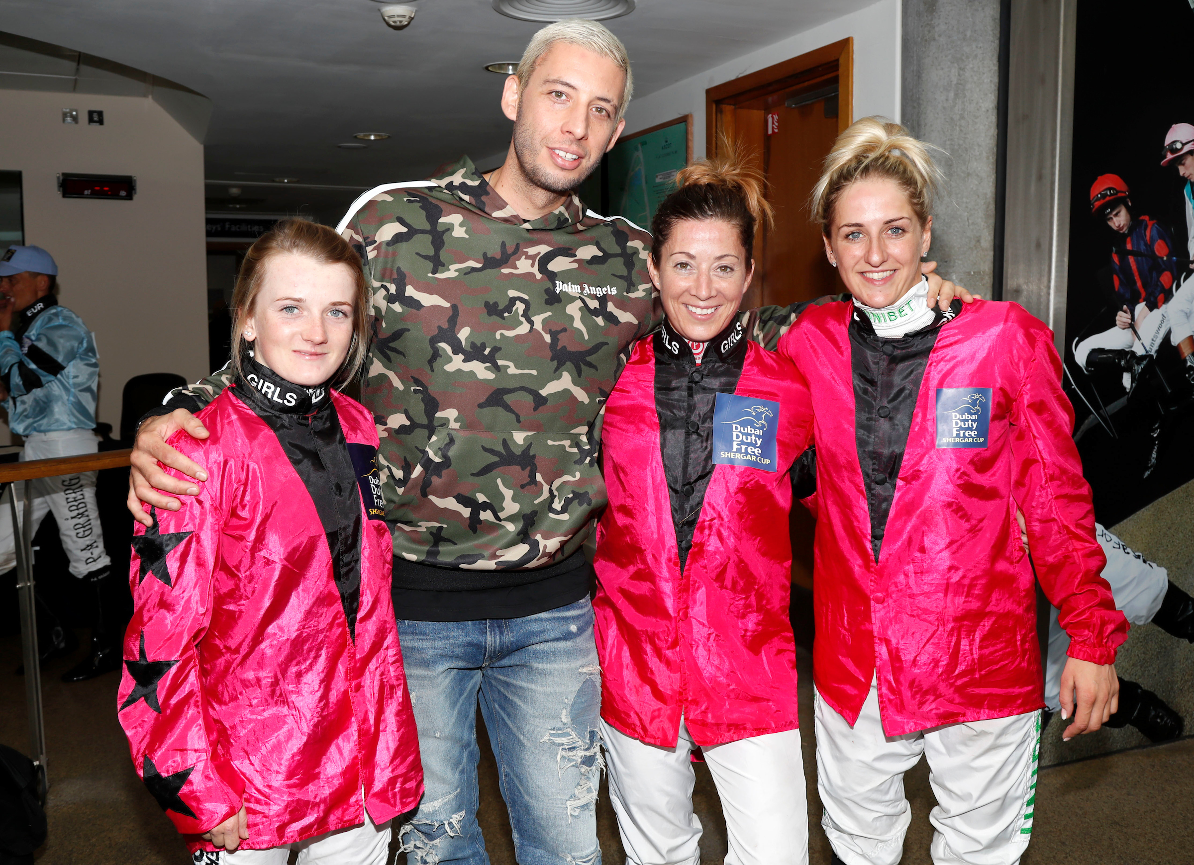 Winning Girls Team of Hollie Doyle, Hayley Turner and Josephine Gordon met Example (FocusOnRacing