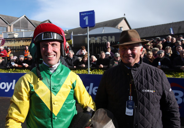 Punchestown Festival - Day One - BoyleSports Champion Chase Day