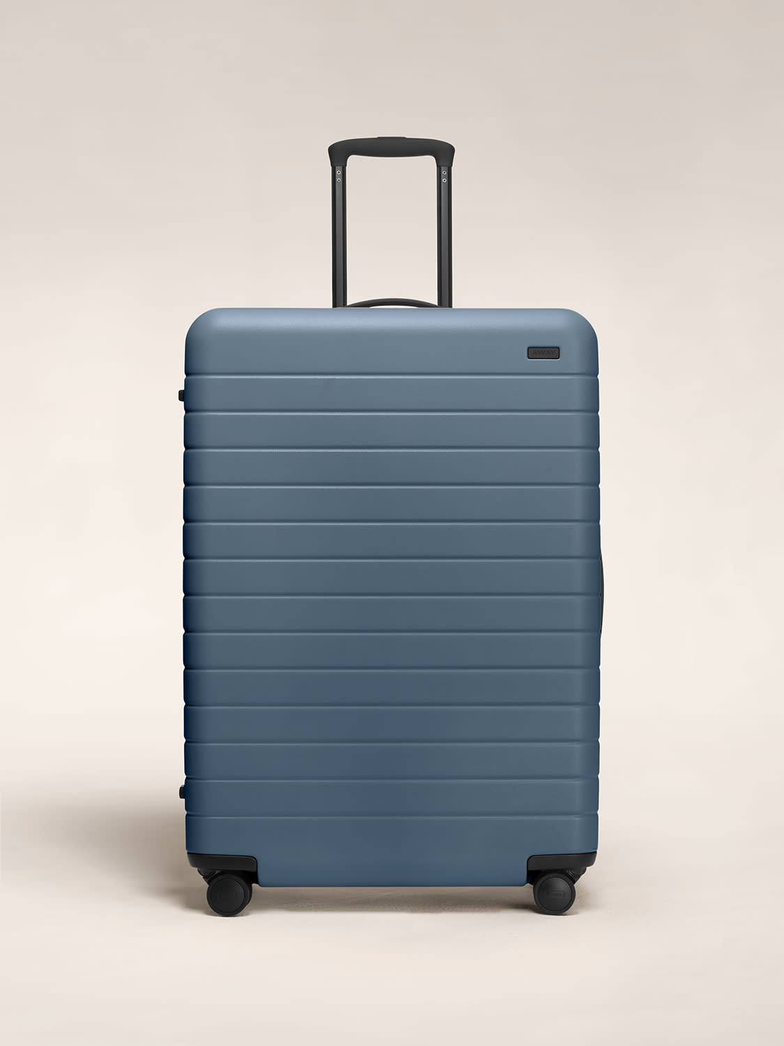 Large Away suitcase in coast blue