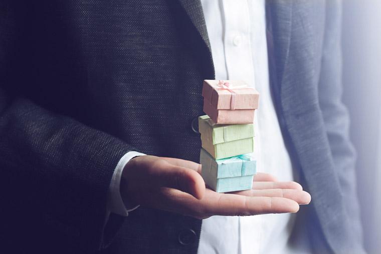 Informationen Zur Schenkungssteuer 4 Tipps Um Steuerfrei Zu Schenken