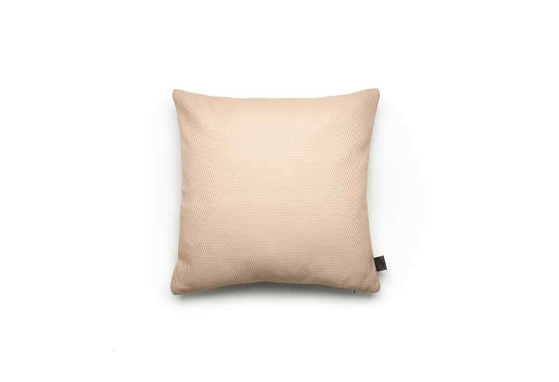 Noa cushion M sand