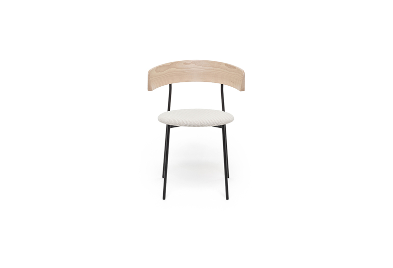 FEST friday dining chair with arms natural back coda 103 front