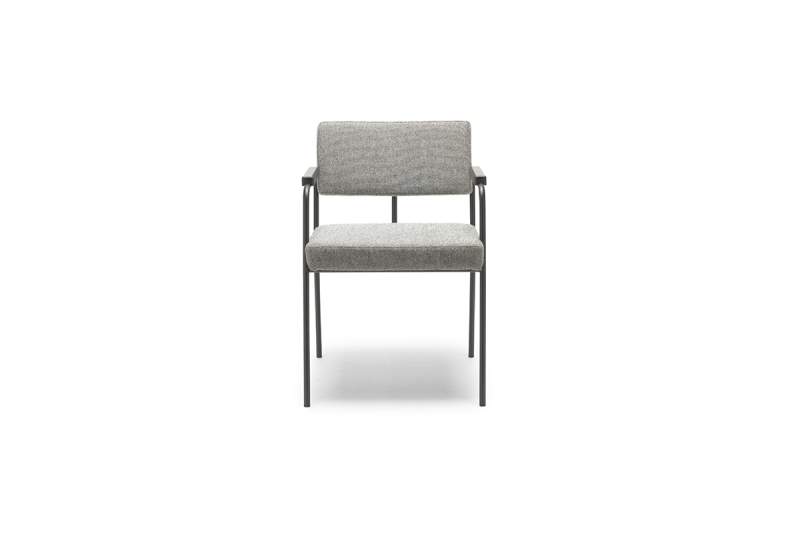 FEST monday dining chair with arms hallingdal 65 116 front