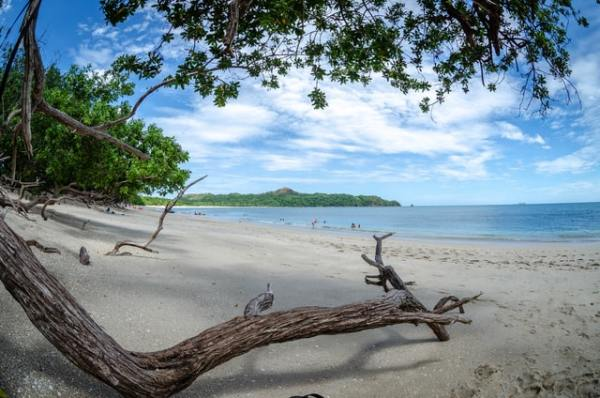 costa-rica-beach-aardy-travel-insurance