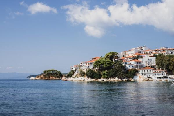 fred-olsen-cruises-aardy-greece-coastal-village