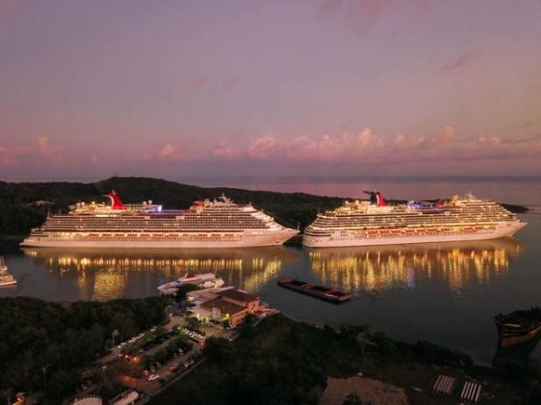 img-travel-lx-ships-port