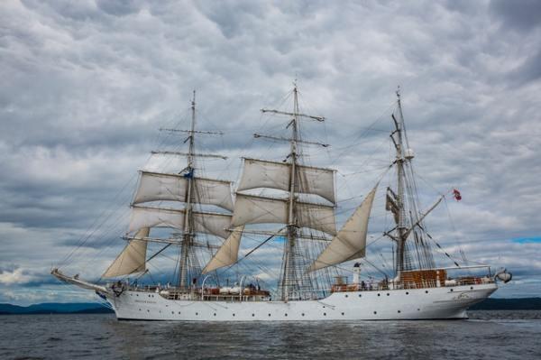 island-windjammers-ship-2