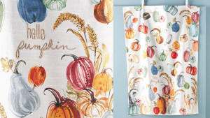dish towel with colored pumpkins