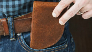 curved leather wallet to fit in front pocket